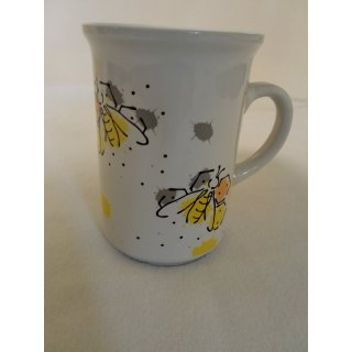 Keramiktasse mit modernem Bienenmotiv